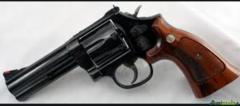 Smith & Wesson MOD 586 4